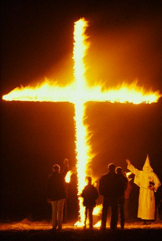 http://mcbush3.files.wordpress.com/2008/05/burning-cross.jpg